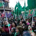 Les Argentines fêtent en masse le vote historique en faveur de l'avortement