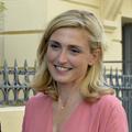 Julie Gayet révèle ce qui l'a attirée chez François Hollande