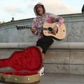 Justin Bieber joue une sérénade devant Buckingham Palace