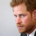 """Le prince Harry """"panique"""" quand il croise la reine dans les couloirs"""