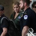 Emily Ratajkowski et Amy Schumer arrêtées alors qu'elles manifestaient devant le Sénat américain