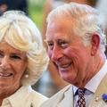 """Après treize ans de mariage, le prince Charles et Camilla, """"un jeune couple d'amoureux"""""""