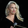 """Selon Pamela Anderson, le féminisme """"paralyse les hommes"""""""