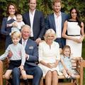 La famille royale pose pour les 70 ans du prince Charles