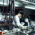 """Vérane Frediani : """"Le temps où l'homme blanc hétéro était le seul à pouvoir parler gastronomie est fini"""""""