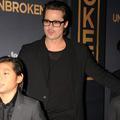 """Brad Pitt, sa relation avec ses fils """"grandement améliorée"""" à l'approche de Noël"""