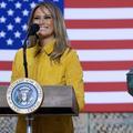 L'étrange baiser du couple Trump en Irak
