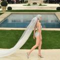 Au défilé Chanel, la mariée était en maillot de bain