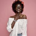 """Khoudia Diop, la """"déesse de la mélanine"""", est la nouvelle égérie Fenty Beauty"""