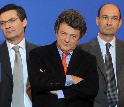 Patrick Devedjian, Jean-Louis Borloo et Éric Woerth font partie des ministres à avoir quitté le gouvernement suite au récent remaniement. (Crédits photo : AFP PHOTO / FRED DUFOUR )