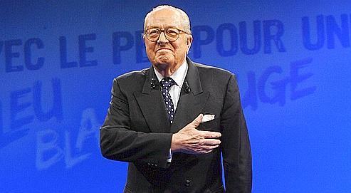 Jean-Marie Le Pen (en 2007, à Paris) veut croire que son action politique «restera une solennelle protestation contre la décadence française».