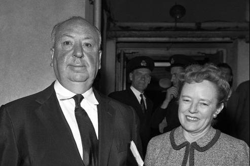 Alma Reville, ici au côté de son mari Alfred Hitchcock, «observait tout durant les tournages, puis donnait son avis , et il l'écoutait toujours» explique la réalisatrice Norman Lloyd.