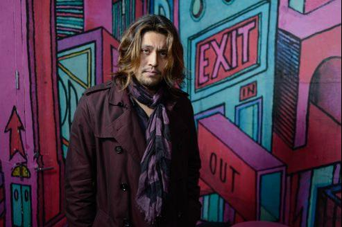 Lucien Gainsbourg, dit Lulu, a réuni sur son premier disque une pléiade d'artistes: Rufus Wainwright, Scarlett Johansson, Johnny Depp, Vanessa Paradis, Marianne Faithfull et Iggy Pop. L'album est sorti aux Etats-Unis en octobre.
