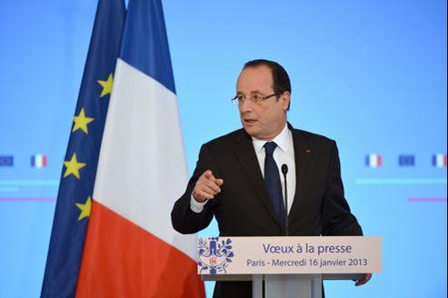 François Hollande légitime la prise de position de la France, lors de la cérémonie des vœux à la presse, le 16 janvier, à l'Élysée.