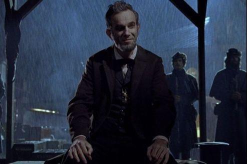 Daniel Day-Lewis ne joue pas Lincoln, il est Lincoln. Il aura aussi sûrement l'Oscar. (DR)