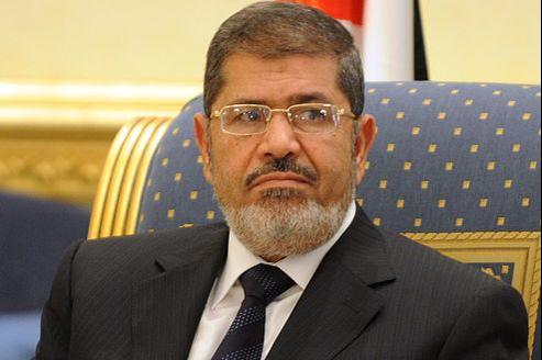 Dans la nuit de vendredi à samedi, Mohammed Morsi a appelé ses compatriotes à «rejeter la violence dans les paroles et les actes».