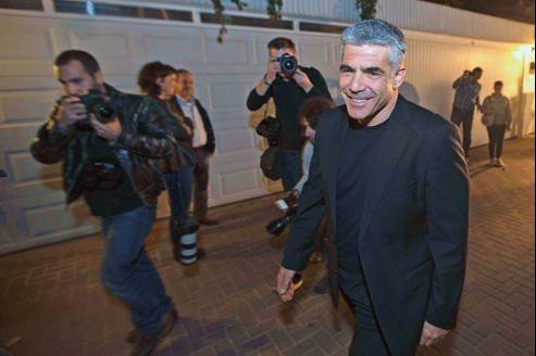 Yaïr Lapid, leader du nouveau parti Yesh Atid («Il y a un futur»), a été porté par le vote massif de la classe moyenne, lors des élections législatives du 22 janvier.