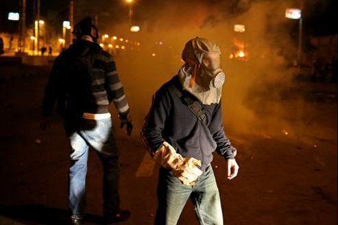 Dans les rues de la capitale égyptienne, les émeutiers affirment continuer à se battre pour faire triompher les idéaux démocratiques que le printemps arabe avait mis en avant.