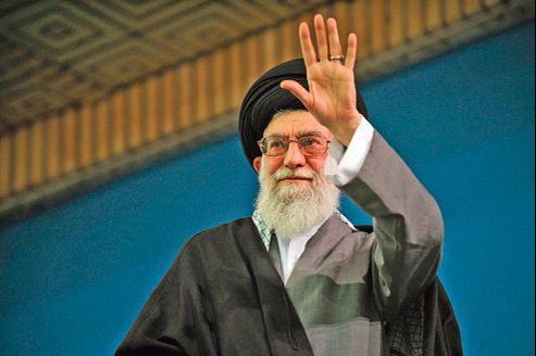 L'ayatollah Ali Khamenei (ici en février à Téhéran) avait rejeté la proposition faite par le vice-président américain, Joe Biden, d'ouvrir des négociations bilatérales.