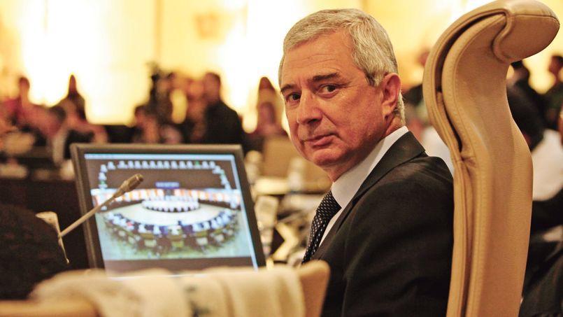 Le conseil général de Seine-Saint-Denis, présidé à l'époque par Claude Bartolone, avait déposé à partir de 2011 une plainte contre Dexia devant le TGI de Nanterre.