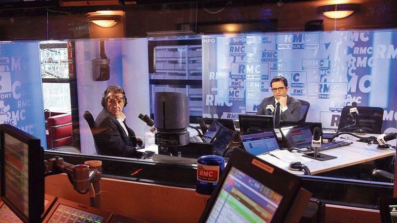 RMC (groupe NextRadioTV) est l'une des radios les plus rentables de France <i>(ici l'émission de Jean-Jacques Bourdin avec comme invité Benoit Hamon)</i>.