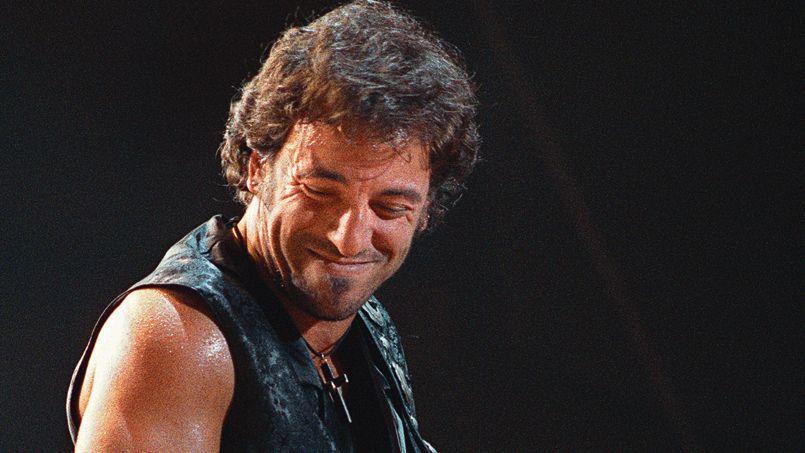 Bruce Springsteen en 1988 sur la scène du Palais omnisports de Paris-Bercy.