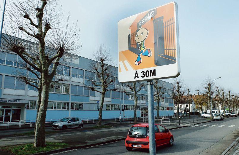 Le groupe scolaire Reuss, à Strasbourg. Le 24 janvier, en élémentaire, un tiers des élèves étaient absents après l'appel au boycott lancé par Farida Belghoul pour protester contre les ABCD de l'égalité.