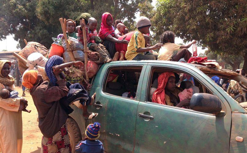 Des résidents musulmans de Kaga Bandoro, au nord-est de Bangui, s'apprêtent à fuir en direction du Tchad, début février.