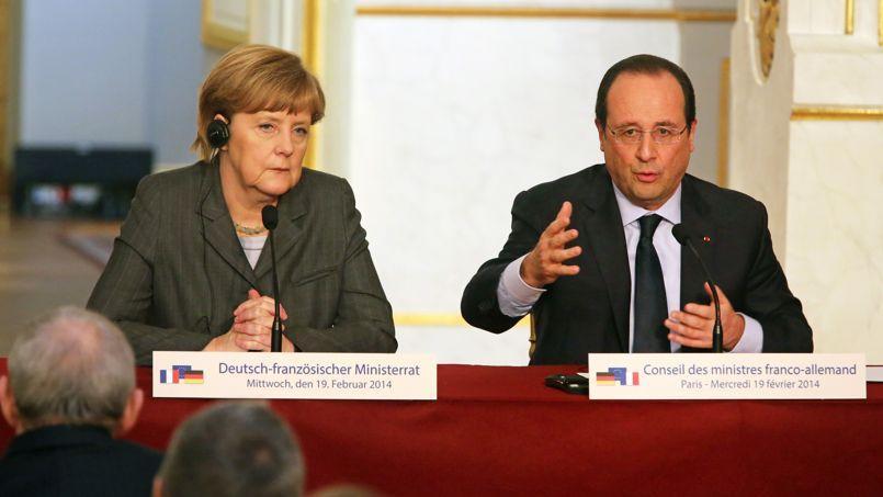 Angela Merkel et François Hollande, mercredi lors d'un Conseil des ministres franco-allemands, ont condamné des «actes inqualifiables» et évoqué des sanctions.