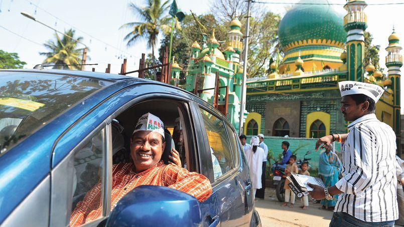 Candidat du Parti de l'homme du peuple (AAP), aux élections législatives indiennes, Balakrishnan sillonne sans relâche la circonscription de Bangalore.