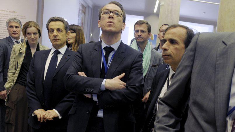 Guillaume Lambert (au centre) au côté de Nicolas Sarkozy pendant la campagne présidentiellede 2012, qu'il dirigeait. À l'arrière-plan, son adjoint Jérôme Lavrilleux.