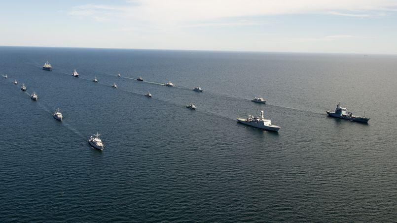 Une centaine de navires de guerre, des dizaines d'avions ou d'hélicoptères et au total plus de 10.000 hommes sillonnent actuellement les côtes suédoise, polonaise, russe et lituanienne.