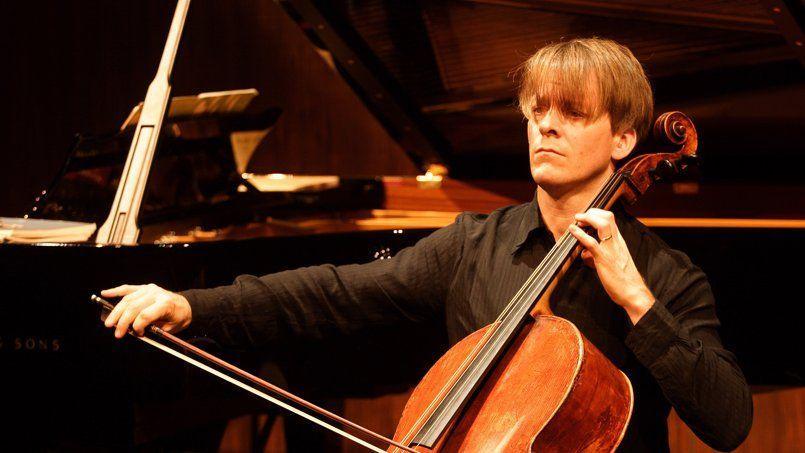 Le violoncelliste allemand Alban Gerhardt au Théâtre de la Ville à Paris en novembre 2008.