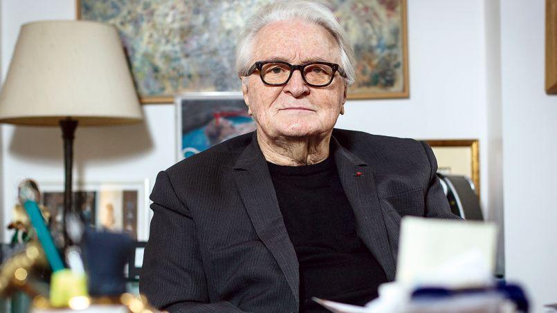 Roland Dumas, dans son bureau à Paris, mardi.