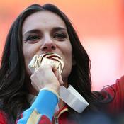 Isinbayeva monte au créneau pour défendre les athlètes russes