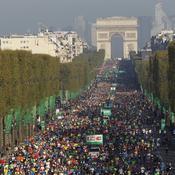 Marathon de Paris : le départ (décalé entre femmes et hommes) a été donné
