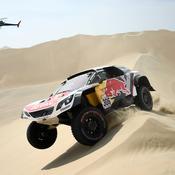 Dakar : Loeb perd encore du temps