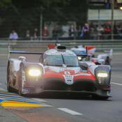 24 Heures du Mans : les Toyota roues dans roues après 16 heures de course