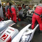 L'Audi n°2 en réparation