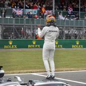 Chez lui, Lewis Hamilton signe une pole position de folie