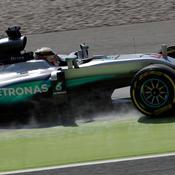 En pole à Barcelone, Hamilton sort enfin les crocs