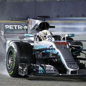 Hamilton s'impose à Singapour, Vettel perd gros