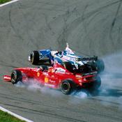 Il y a 20 ans, Jacques Villeneuve triomphait de Michael Schumacher au terme d'une course folle