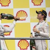 Les Mercedes intouchables, Grosjean sur le podium