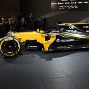 Renault présente sa monoplace pour faire un bond en avant en 2017