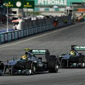 Les deux Mercedes