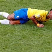 Neymar à terre