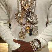 Floyd Mayweather et ses colliers