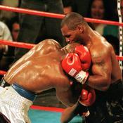 Mike Tyson (USA) - Evander Holyfield (USA)