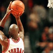 Michael Jordan shoot